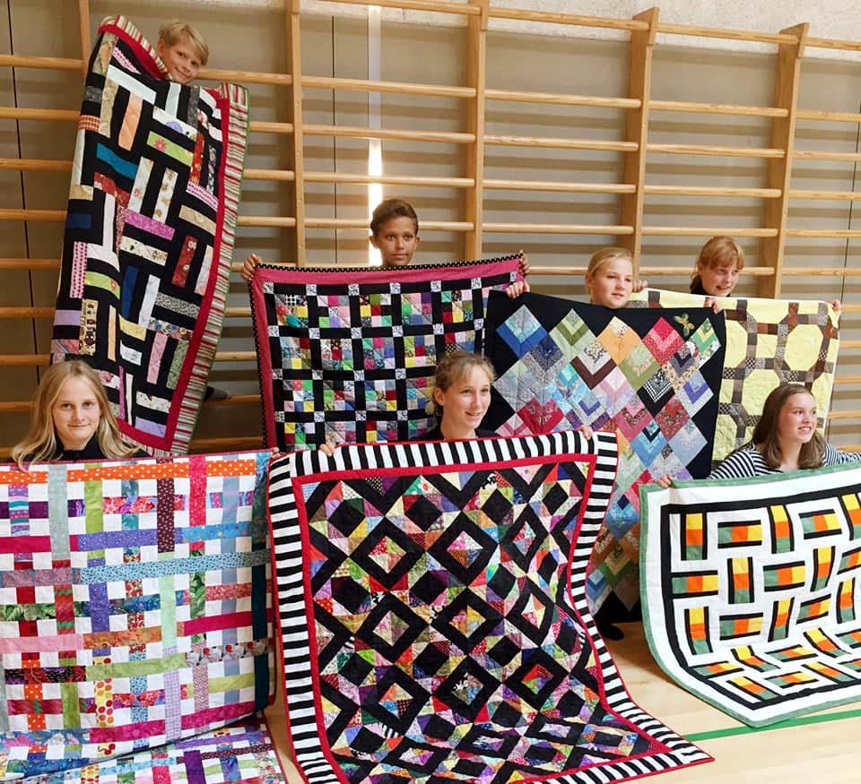 170818 kildemose børn m tæpper